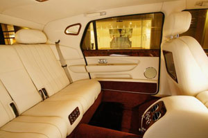 Ph Car...Vetture di prestigio dotate di tutti i confort